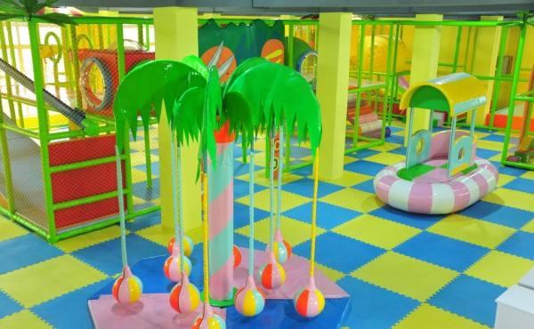 成长湾儿童乐园加盟